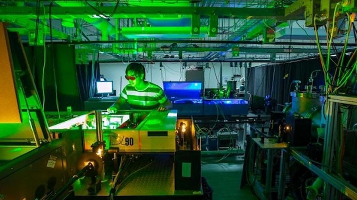 نانوبلور نیمه هادی کارایی پنل های خورشیدی را افزایش می دهد